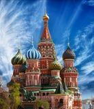 Cathédrale de St Basil sur la place rouge à Moscou Photos libres de droits