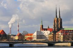 Cathédrale de St John le baptiste dans Ostrow Tusmki à Wroclaw, Pologne Mars 2018› W de Katedra Å Jana Chrzciciela photographie stock libre de droits