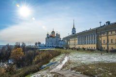 Cathédrale de supposition dans Vladimir Boucle d'or de la Russie Image stock
