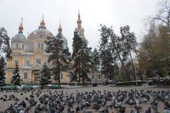 Cathédrale de Zenkov à Almaty, Kazakhstan photographie stock libre de droits