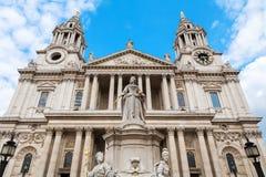 Cathédrale du ` s de St Paul Londres, Angleterre Photographie stock