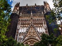 Cathédrale Espagne de Séville de statues de disciples du Christ de façade Photos libres de droits