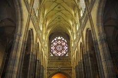 Cathédrale intérieure de rue Vitus à Prague Photo libre de droits