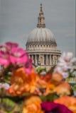 Cathédrale Londres de rue Paul Images stock