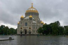 Cathédrale navale de Kronstadt de Saint-Nicolas Photographie stock libre de droits