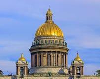 Cathédrale orthodoxe à St Petersburg images libres de droits