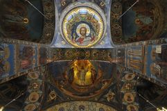 Cathédrale orthodoxe à St Petersburg, Russie Photos stock