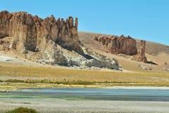 Cathédrales de roche en Salar de Tara Photographie stock libre de droits