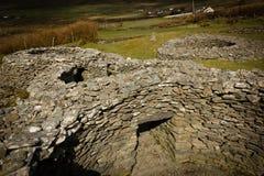 Cathair Deargain stenfästning dingle ireland Arkivfoto