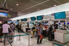 Cathay Pacific-Abfertigungsschalter an internationalem Flughafen Narita, Tokyo, Japan Stockfotografie