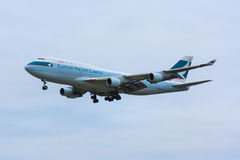 Cathay Pacific-Lading 747 royalty-vrije stock fotografie