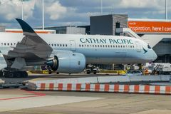 Cathay Pacific A350 przy bramą fotografia stock