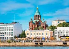 Cathédrale d'Uspenski, Helsinki à l'été Sunny Day Église rouge dedans Images stock