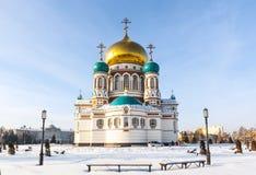 Cathedrai in der Mitte von Omsk im Winter Stockbild