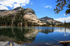 Cathedral湖 图库摄影