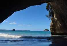 Cathedral Cove Arch and waves Royalty Free Stock Photos