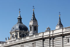Cathedral and palacio real of madrid Royalty Free Stock Photos