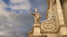 CATHEDRAL OF SYRACUSE (Siracusa, Sarausa)-- historic city in Sicily, Italy stock video footage