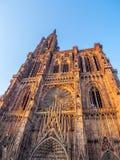 Cathedrale Notre-Dame o cattedrale della nostra signora di Strasburgo Immagini Stock Libere da Diritti