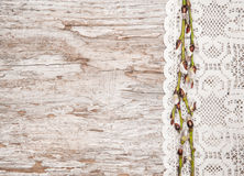 Украшение пасхи с catkins и тканью шнурка Стоковая Фотография RF