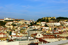 Catle kull och i stadens centrum, Lisbon, Portugal Arkivbild