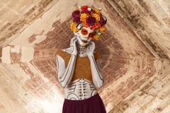 Free Catrina Makeup. Young Mexican Woman With Typical Costume Stock Image - 161079681