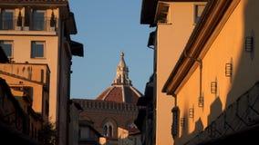 Cattedrale二圣玛丽亚在日落的del菲奥雷圆顶  股票视频