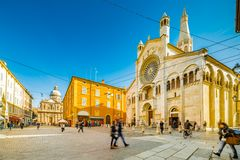 Cattedrale cattolica a Modena fotografia stock