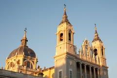 Cattedrale del Almudena a Madrid Immagini Stock