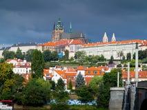 Cattedrale del castello e della st Vitus di Praga Fotografia Stock Libera da Diritti