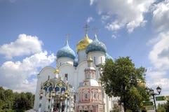 Cattedrale del presupposto di vergine Maria benedetto St Sergius Lavra della trinità santa fotografia stock libera da diritti