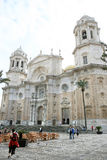 Cattedrale del quadrato della cattedrale e di Cadice, Spagna Immagini Stock