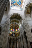 Cattedrale dell'interno e del soffitto di Almudena Fotografia Stock