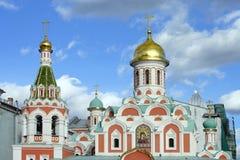 Cattedrale della nostra signora di Kazan sul quadrato rosso Fotografia Stock