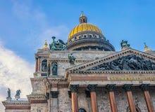 Cattedrale della st Isaac nella neve Fotografia Stock Libera da Diritti