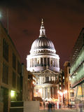 Cattedrale della st Paul alla notte Fotografia Stock