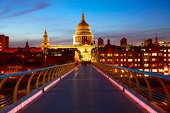 Cattedrale della st Paul Pauls di Londra a partire dal millennio Fotografie Stock