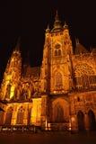 Cattedrale della st Vitus alla notte Immagini Stock