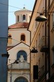 Cattedrale della st Vitus di barocco dal vicolo stretto a Rijeka Croazia Fotografia Stock