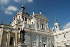 Cattedrale di Almudena a Madrid Fotografie Stock