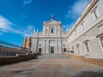 Cattedrale di Almudena a Royal Palace a Madrid Fotografia Stock