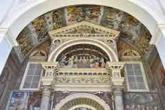 Cattedrale di Aosta, decorazione sopra la porta di entrata Fotografia Stock