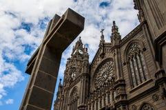 Cattedrale di Arucas, grande canarino Fotografie Stock