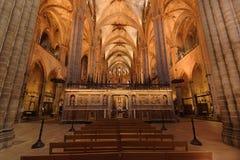 Cattedrale di Barcellona durante la massa Immagine Stock Libera da Diritti