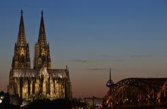 Cattedrale di Colonia al tramonto Fotografie Stock Libere da Diritti