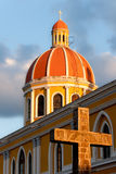 Cattedrale di Granada al tramonto (Nicaragua) fotografia stock libera da diritti
