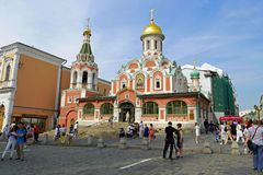 Cattedrale di Kazan all'angolo del quadrato rosso Chiesa ortodossa, a Mosca, la Russia Immagine Stock