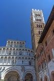 Cattedrale di Lucca (Toscana, Italia) verticalmente Fotografie Stock