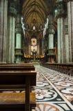 Cattedrale di Milan.Duomo. Vista interna immagine stock libera da diritti