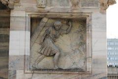 Cattedrale di Milano, cupola, porte di gaza di arresto del samson Fotografia Stock Libera da Diritti